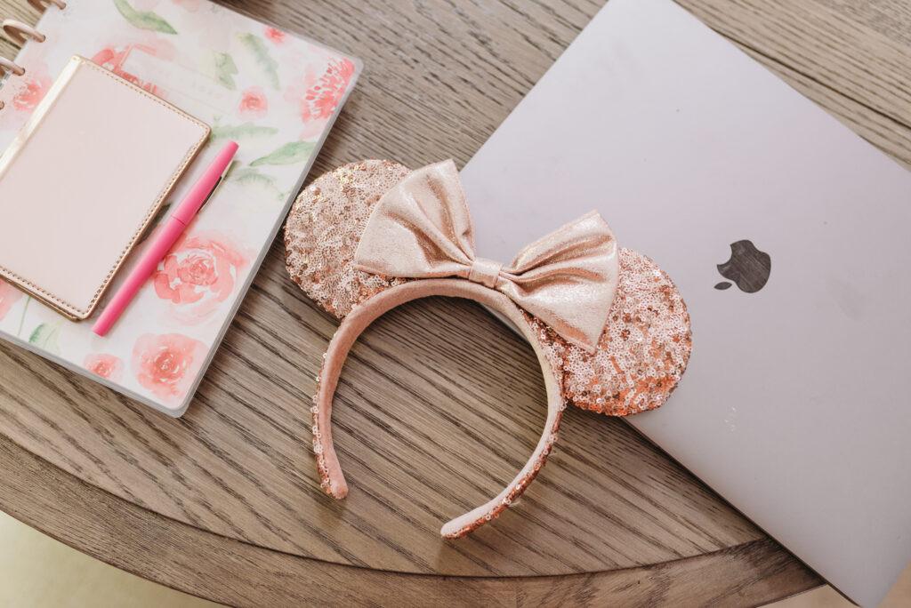 Rose gold Minnie Mouse ears disney planning blog Brianna K bitsofbri