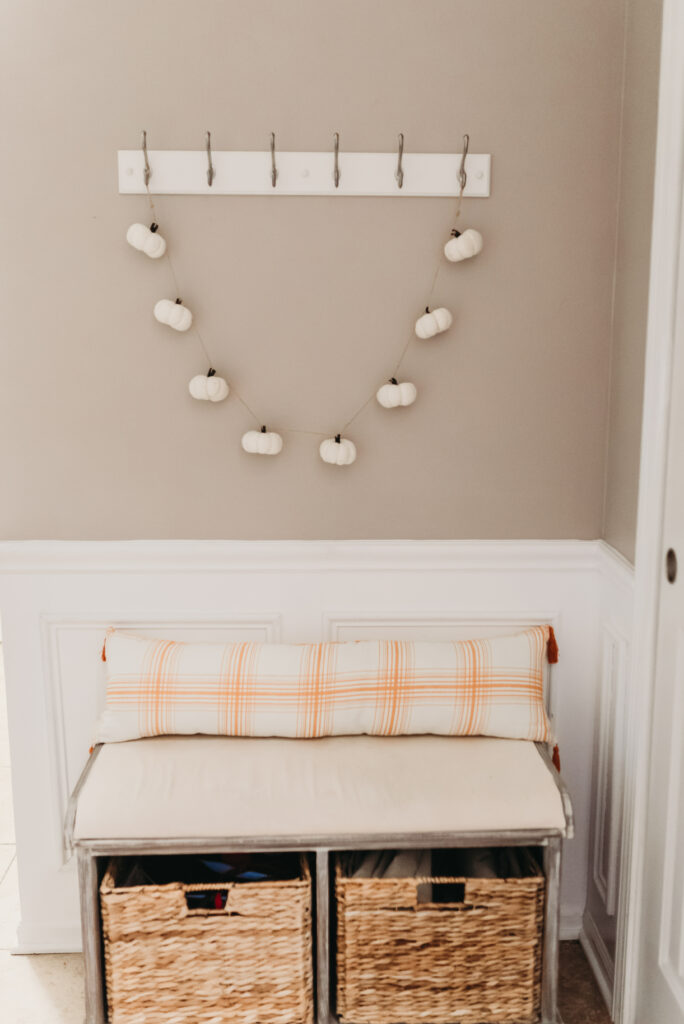 fall foyer bench decor ideas Brianna K bits of Bri bitsofbri with a pumpkin for fall clean and decorate with me 2019 fall decor fall decoration ideas farmhouse style