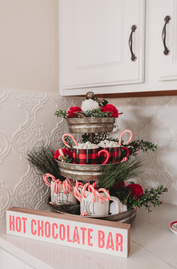 Christmas home tour 2019 | christmas holiday decor inspiration Brianna K bitsofbri blog